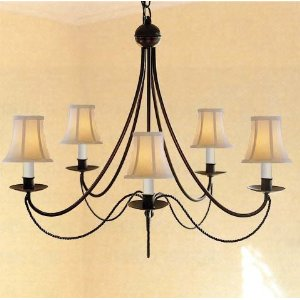 3 Reasons an Iron Chandelier the Perfect Lighting Fixture