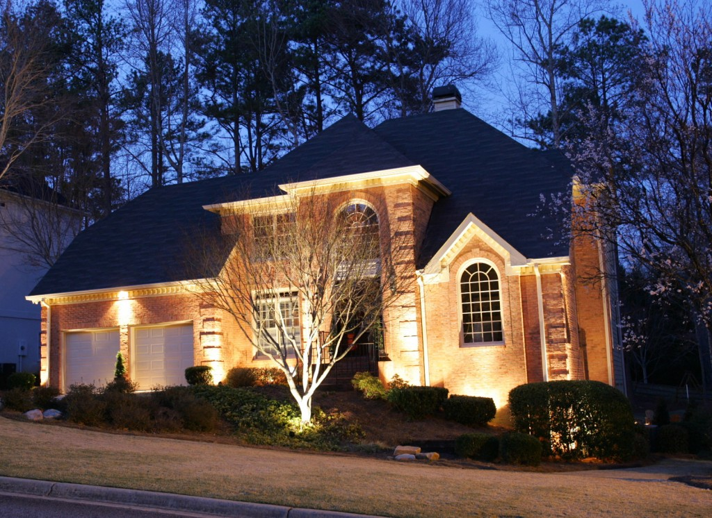 Give Your Home Curb Appeal With Exterior House Lighting